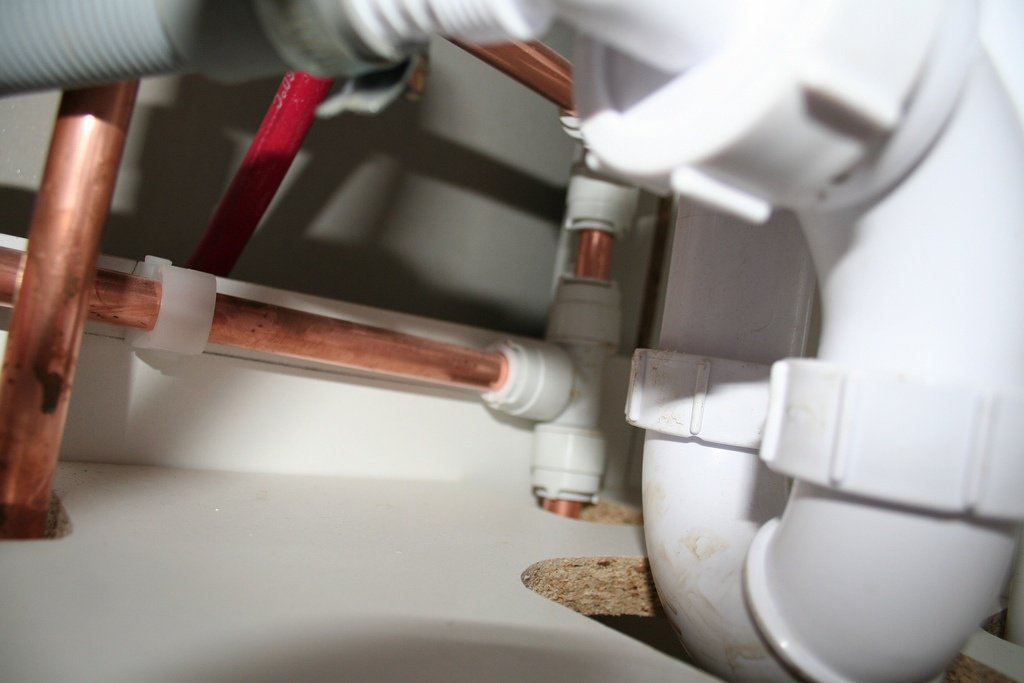 Why Your Hired Plumbing Contractor Should Always Be Licensed border=